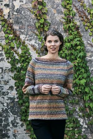 Mys-sweater med hålmönster - Permin